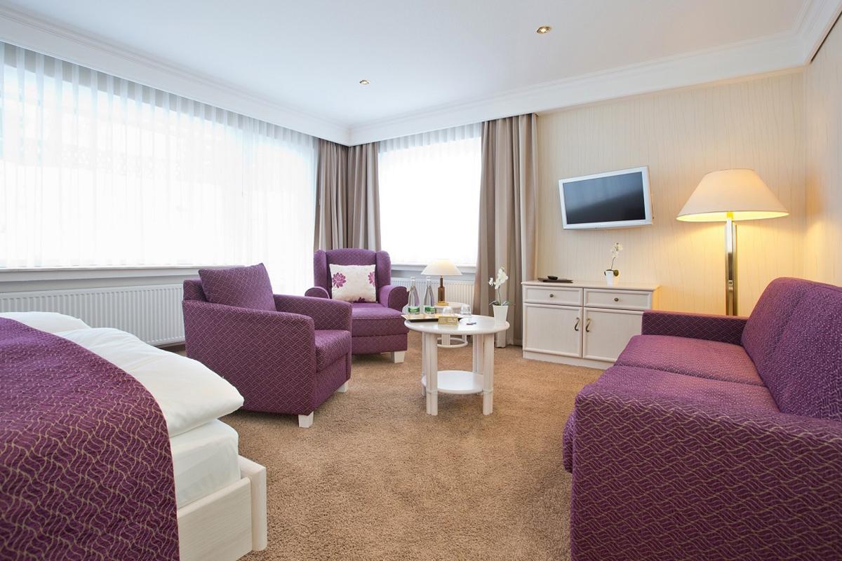 Sitzecke - Komfort Doppelzimmer Superior PLUS - Hotel Fürst von Waldeck