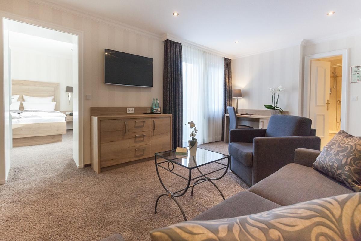 Wohnzimmer - 2 Raum Appartement mit Balkon - Hotel Fürst von Waldeck